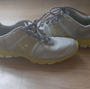 Nike free xt training shoes size 8
